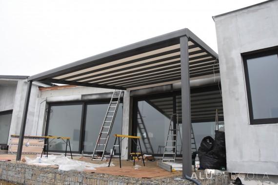 Pergolen mit verschiebbarem Dach RIVERA – Znojmo, 2017