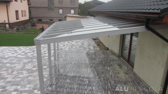 Aluminiumpergola mit verglastem Dach – Ostrava, 2014