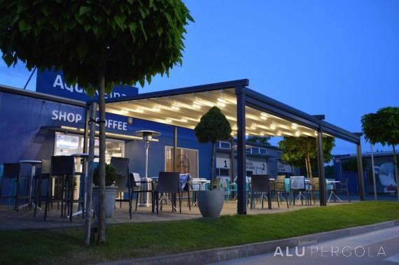 Verschiebbare Aluminiumpergola Novo - Košice Restaurant, 2017