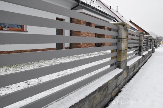 Horizontale Plankenzäune RAND - Lednice 2017