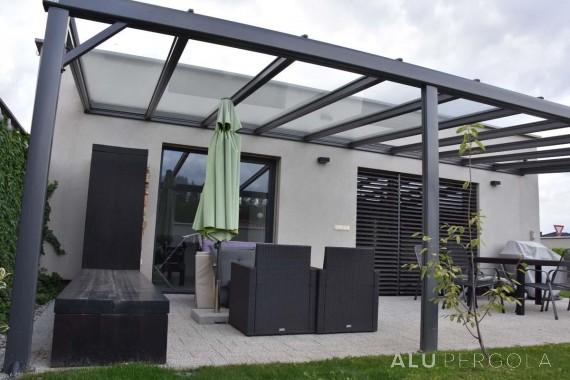 Verglaste Aluminiumpergola Terrado - Trnava, 2017
