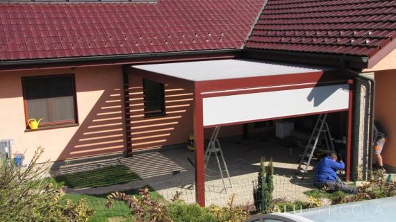 Verstellbare Lamellenpergola Placeo – Opava, 2016