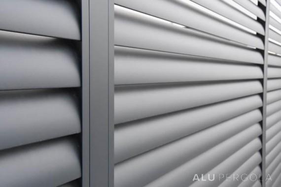 Aluminiumzaun in anthraziter Farbe AERO - Zahorská Bystrica, 2017